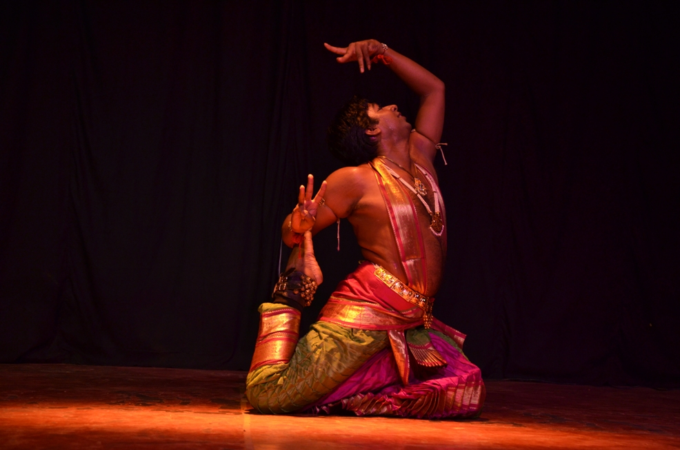 Ashish Pillai, bharatanatyam, ninad concert series, world dance day